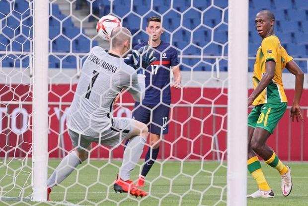 Trận đấu kịch tính nhất Olympic 2020: Đủ drama từ trượt pen, đá hỏng trước khung thành trống, rượt đuổi tỷ số 7 bàn chỉ trong 1 hiệp - Ảnh 7.