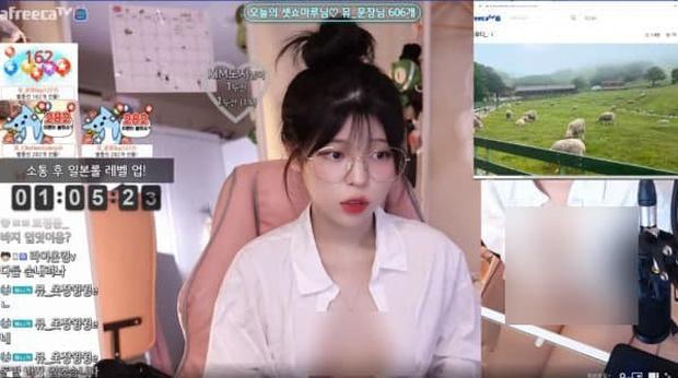 Giấu mặt lên sóng khoe body, nữ streamer gợi cảm liên tục thả rông vòng một, úp mở việc livestream chỉ để bán ảnh 18  - Ảnh 1.