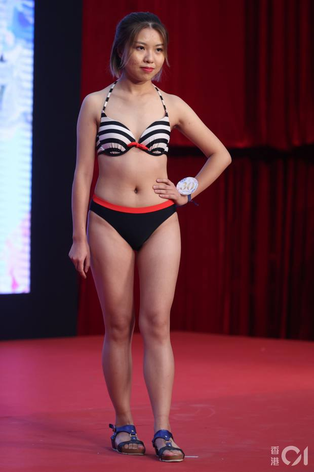 """Choáng toàn tập với dàn thí sinh Hoa hậu châu Á: Lộ bụng mỡ bèo nhèo, tạo dáng """"khó đỡ"""" trước ban giám khảo - Ảnh 12."""