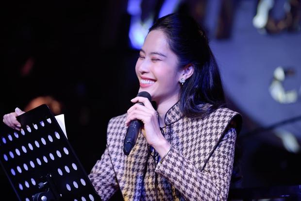Nam Em cover Như Mùa Tuyết Đầu Tiên, cộng đồng mạng đồng loạt cảm thán: Ngang ngửa Văn Mai Hương - Ảnh 1.