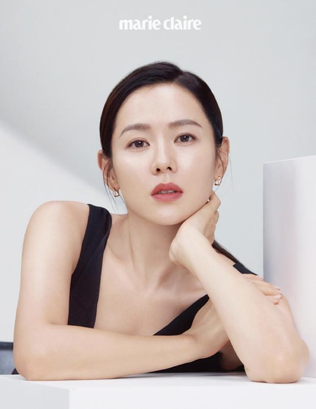 Tình cũ và tình mới Hyun Bin đọ sắc cực gắt: Nhan sắc cân não, nghía đến body Son Ye Jin nhỉnh hơn hẳn Song Hye Kyo? - Ảnh 3.