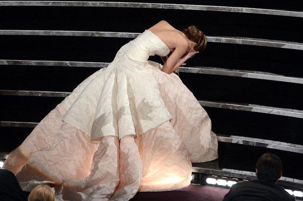 Trước Jisoo, đây mới là 3 người khiến dân tình nhìn là nhớ đến Dior, có nàng còn tạo nên lịch sử tại Oscar - Ảnh 10.