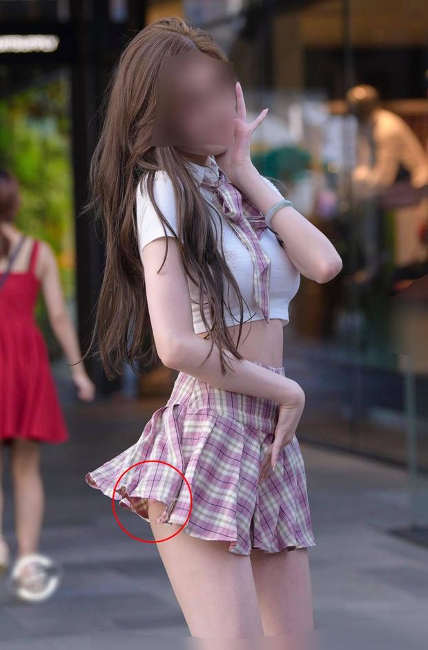 Chân có dài, có đẹp đến mấy mà mặc váy tennis kiểu này thì đố ai dám nhìn các chị em! - Ảnh 2.
