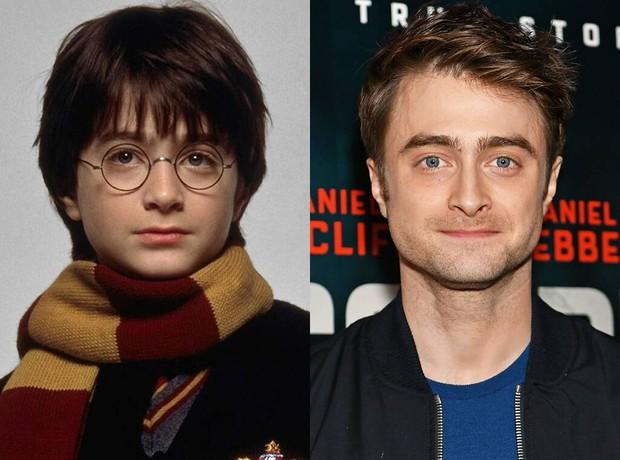"""20 năm rồi mà """"Harry Potter"""" Daniel Radcliffe vẫn bị nam thần Slytherin cà khịa, mối thù 2 nhà lại nhen nhóm! - Ảnh 1."""