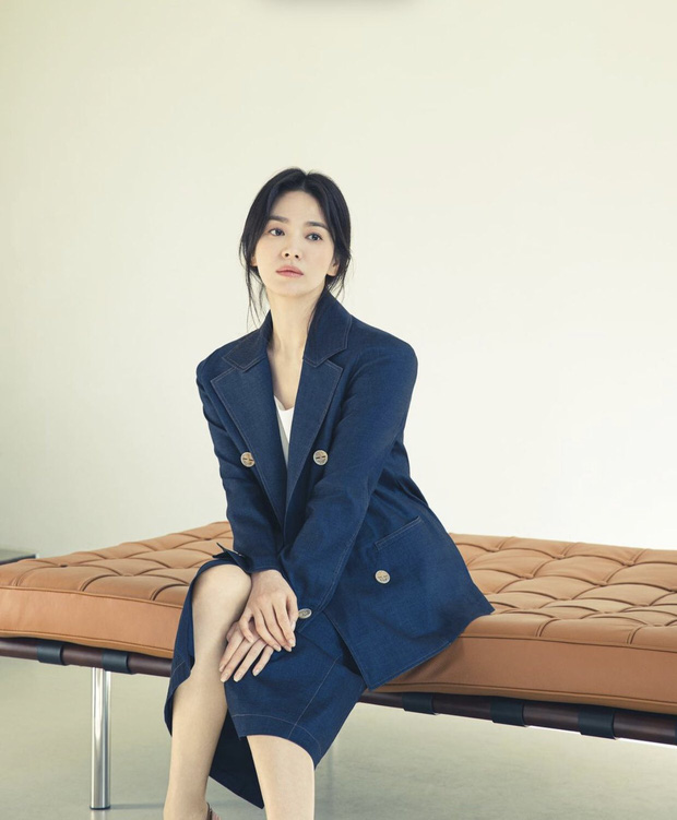 Tình cũ và tình mới Hyun Bin đọ sắc cực gắt: Nhan sắc cân não, nghía đến body Son Ye Jin nhỉnh hơn hẳn Song Hye Kyo? - Ảnh 11.