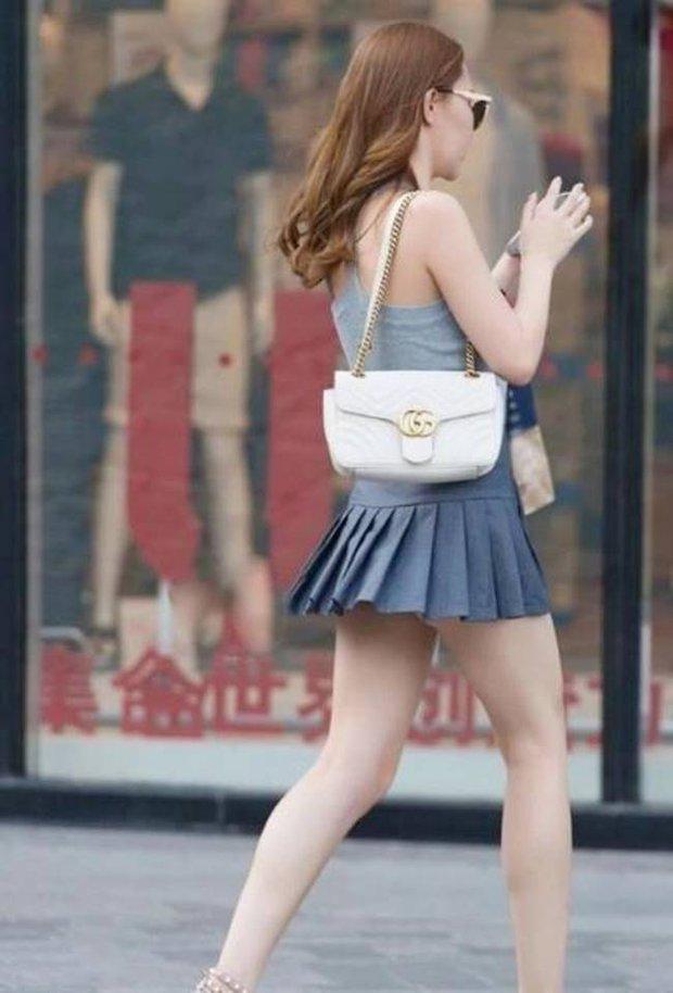 Chân có dài, có đẹp đến mấy mà mặc váy tennis kiểu này thì đố ai dám nhìn các chị em! - Ảnh 4.