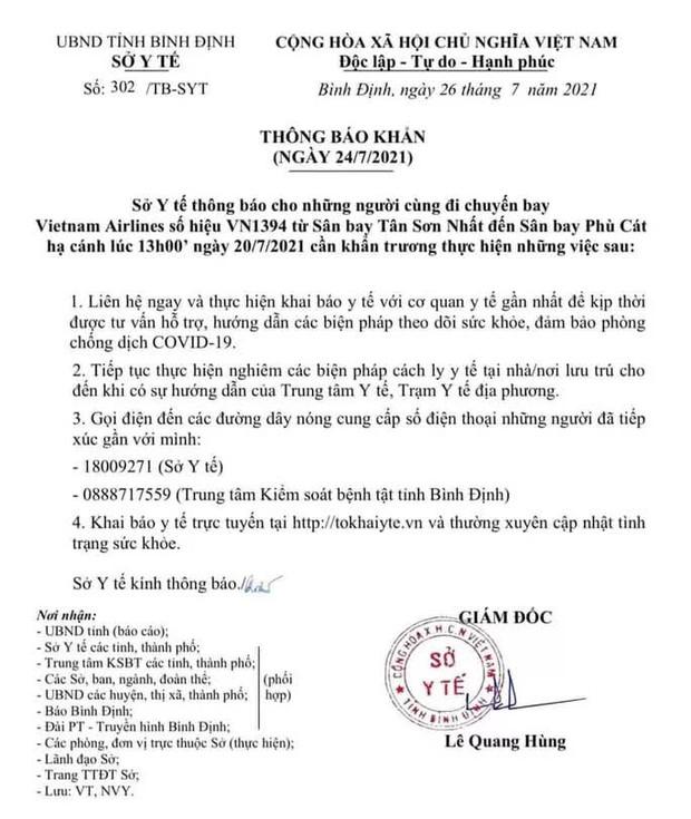 Phát hiện 8 ca Covid-19 trên một chuyến bay, Bình Định ra thông báo khẩn - Ảnh 1.