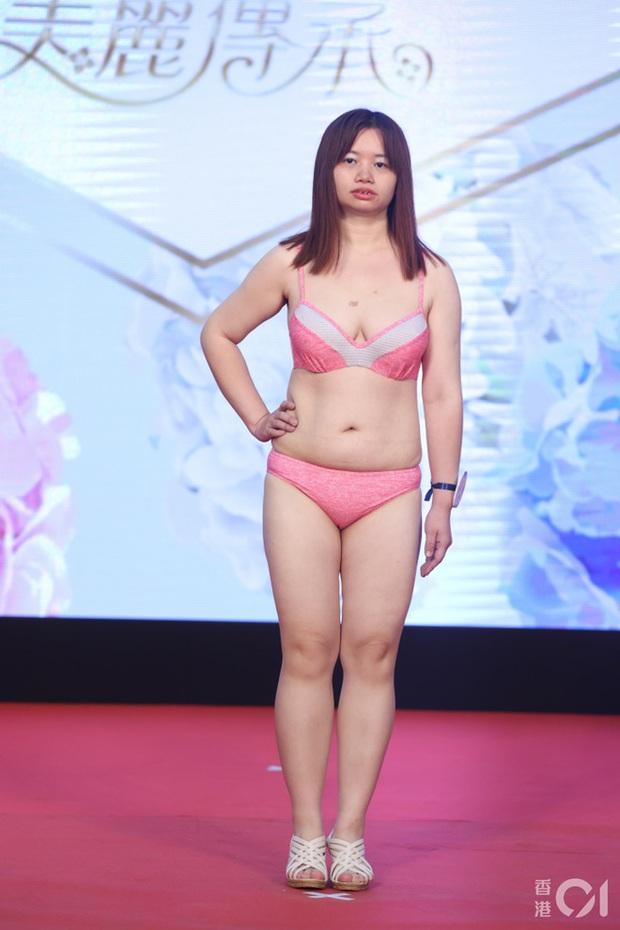 """Choáng toàn tập với dàn thí sinh Hoa hậu châu Á: Lộ bụng mỡ bèo nhèo, tạo dáng """"khó đỡ"""" trước ban giám khảo - Ảnh 6."""