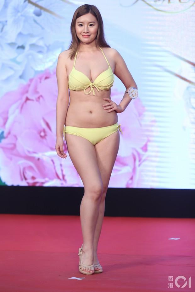 """Choáng toàn tập với dàn thí sinh Hoa hậu châu Á: Lộ bụng mỡ bèo nhèo, tạo dáng """"khó đỡ"""" trước ban giám khảo - Ảnh 11."""