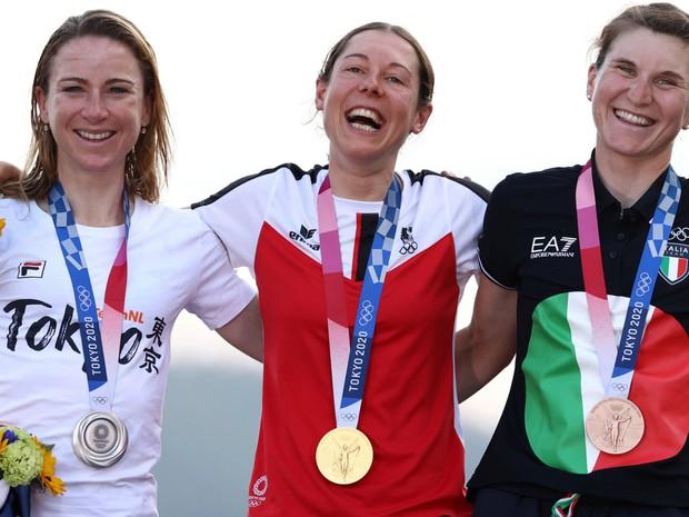 Chân dung khó tin của cô gái giành huy chương vàng đua xe đạp Olympic Tokyo: Tiến sĩ toán đi đua xe và trở thành nhà vô địch tuyệt đối - Ảnh 6.