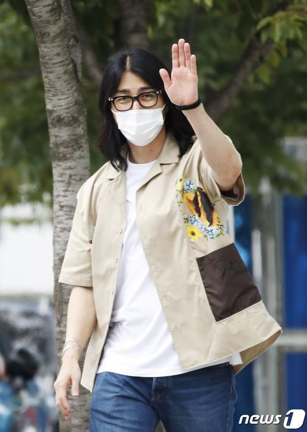 Dàn sao đổ Hàn bộ đài truyền hình: Mỹ nhân T-Ara xinh xỉu, Lee Kwang Soo lột xác đến mức được so với cả... Lee Min Ho? - Ảnh 8.