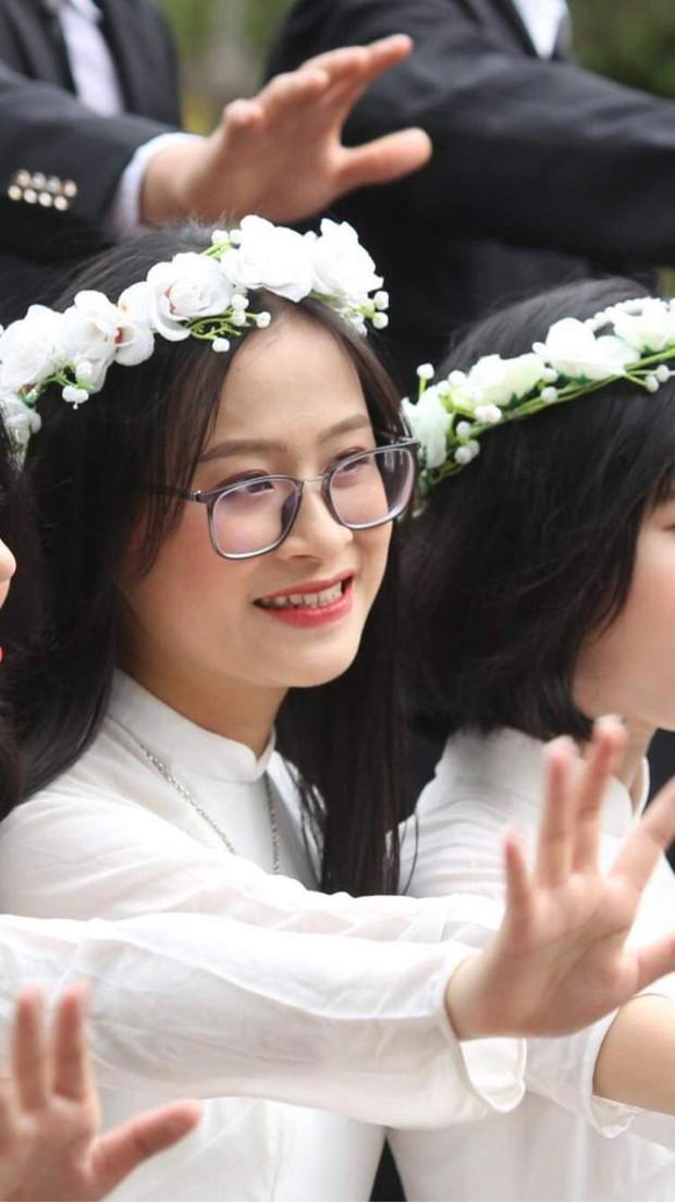 Thủ khoa khối B ở Nghệ An: Năm ngoái thi được 26,6 nên năm nay thi lại đạt 29,55 - Ảnh 3.