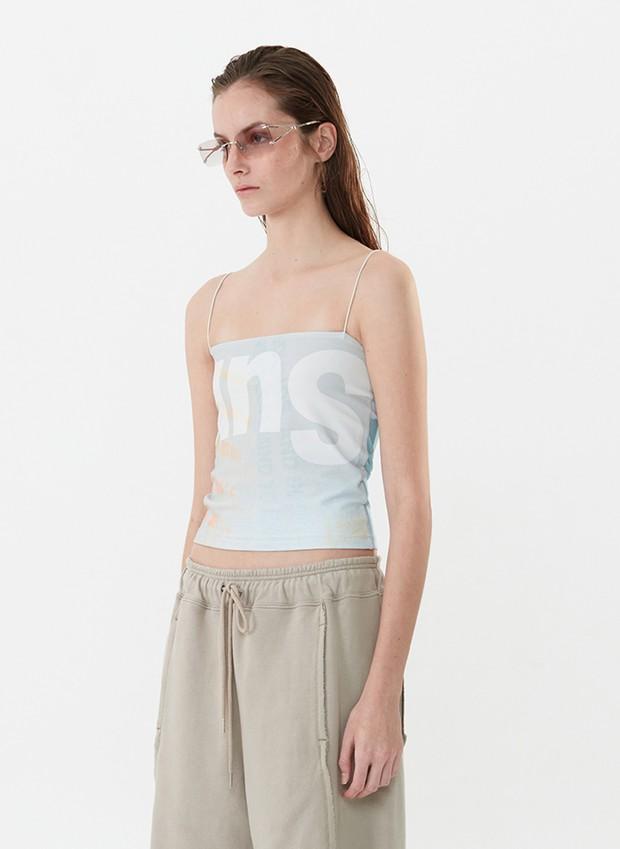 Jennie khoe body với áo 2 dây sexy, chị em dễ dàng sắm ngay chiếc tương tự chỉ từ 95k - Ảnh 3.