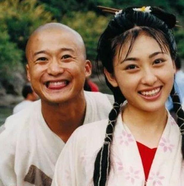 Chuyện đời mỹ nhân làm vợ hờ của Càn Long từ năm 16 tuổi, tức tưởi vì không danh phận và cái kết bất ngờ ở tuổi 43 - Ảnh 5.