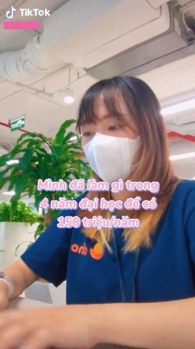 """Khoe thu nhập 150 triệu/năm dù đang đi học, cô gái khiến netizen """"chằm zn"""" khi nhìn lại bản thân - Ảnh 1."""