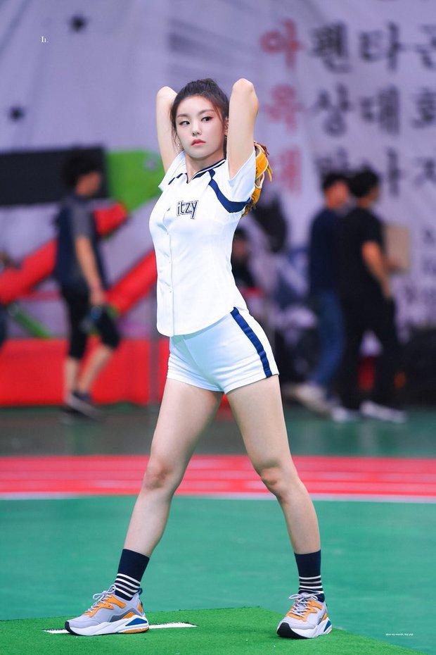 Dàn nữ thần huyền thoại của đại hội thể thao idol: Tzuyu mê hoặc đạo diễn Thor, Irene chưa hot bằng idol xứ Trung nổi sau 1 đêm - Ảnh 35.