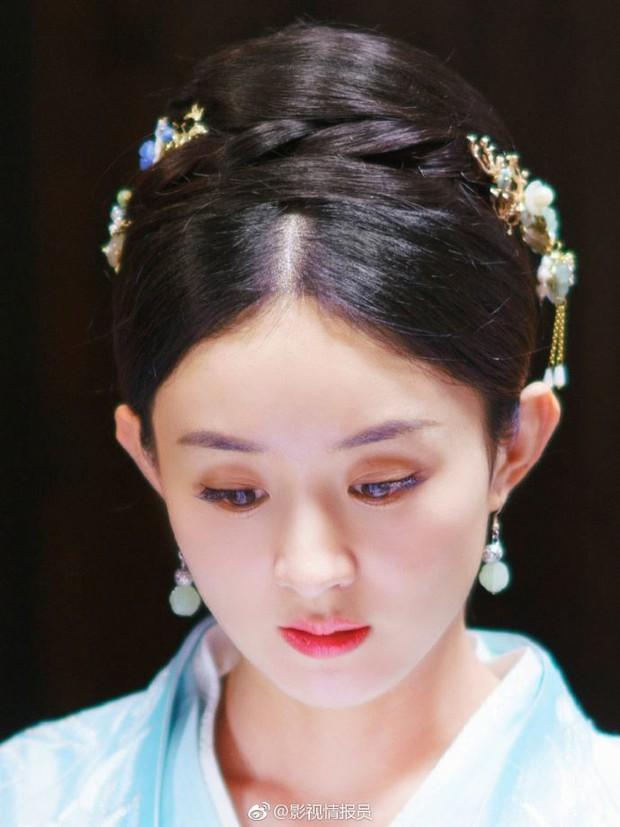 Tạo hình cổ trang của sao Trung: Bành Tiểu Nhiễm hơn cả xuất sắc, Dương Mịch đẹp nao lòng, phục trang của Châu Tấn kỳ công nhất - Ảnh 11.