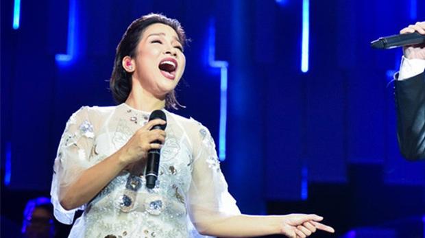 Diva Mỹ Linh lên mạng dạy cách hát note cao trong 5 phút, dân tình đồng loạt gọi đúng 1 tên: Phù Vân Giáo Chủ đây rồi! - Ảnh 6.