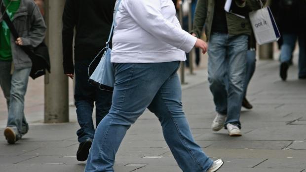 Chơi với 1 người bạn to con, bạn có 57% nguy cơ béo lên - Ảnh 3.