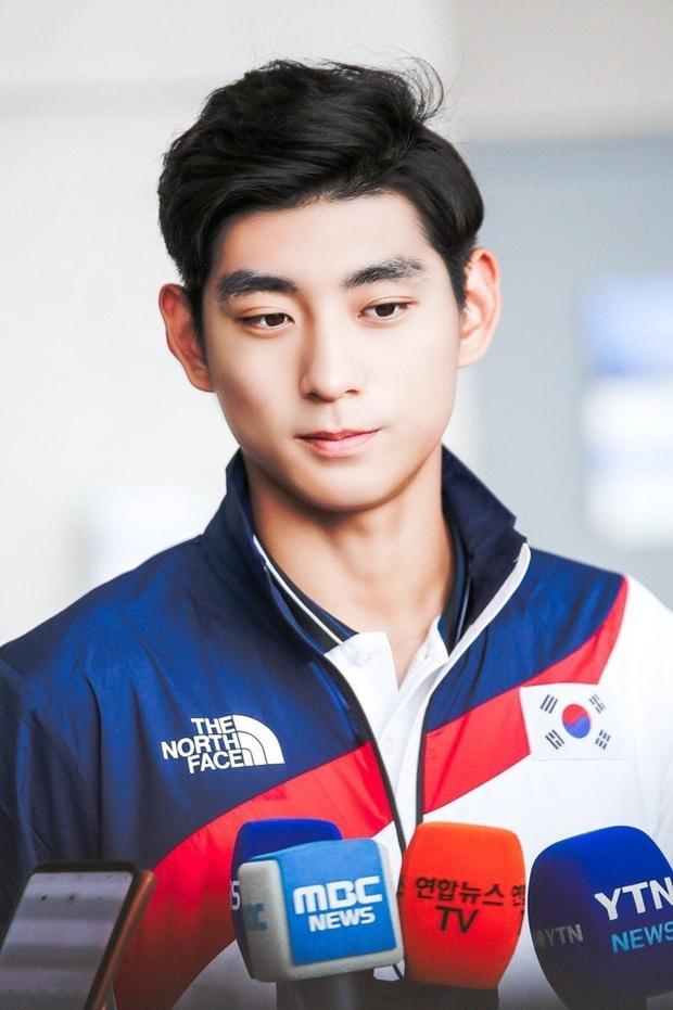 Hàn Quốc mang dàn soái ca đi chinh chiến Olympic, mặt đẹp trai body toàn múi khiến hội chị em bỗng yêu thể thao hơn bao giờ hết! - Ảnh 9.