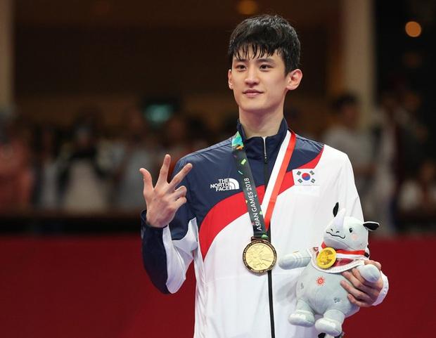 Hàn Quốc mang dàn soái ca đi chinh chiến Olympic, mặt đẹp trai body toàn múi khiến hội chị em bỗng yêu thể thao hơn bao giờ hết! - Ảnh 11.