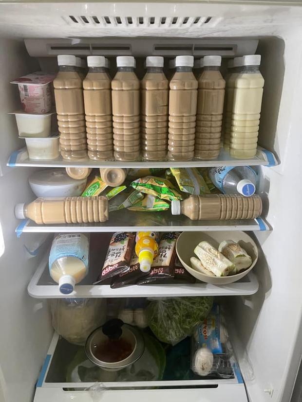 Những chiếc tủ lạnh giàu có nhất mùa dịch: Trữ rau thịt đã là gì, có người còn để dành cả… sầu riêng và trà sữa! - Ảnh 10.