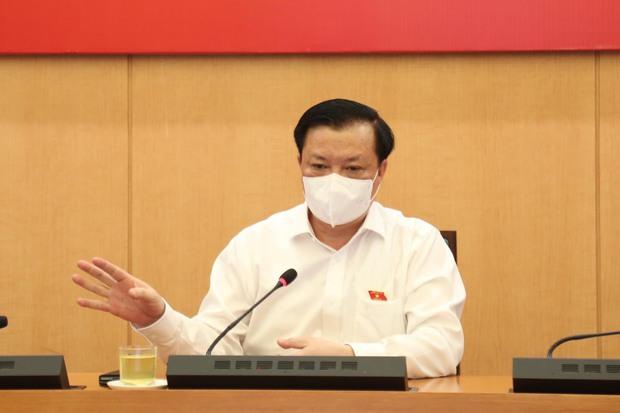 Bí thư Hà Nội yêu cầu áp dụng phiếu đi chợ toàn thành phố - Ảnh 1.