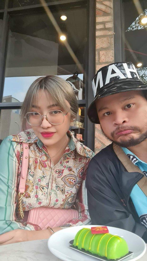 Vinh Râu từng dành cho Minh Trang cả rổ status dìm hàng: Từng có một cặp vợ chồng hài hước như thế! - Ảnh 1.