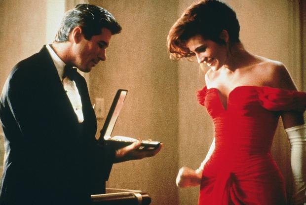 Julia Roberts trong Pretty Woman (1990): Lên đồ gái ngành nhưng không phản cảm, tới lúc lột xác thì còn xuất sắc hơn - Ảnh 6.