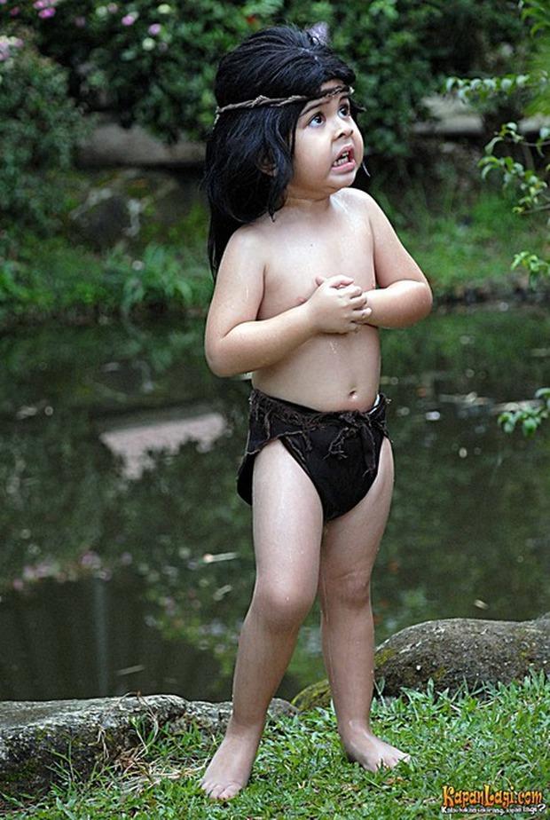 Bật ngửa với màn trổ mã của Tarzan nhí cưng nhất quả đất sau 12 năm, nhuộm tóc hơi bị cool ngầu luôn mọi người! - Ảnh 2.