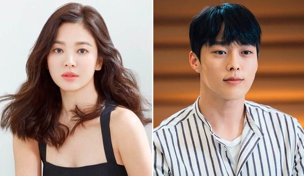 Lộ ảnh Song Hye Kyo dẫn trai trẻ Jang Ki Yong đến đồn cảnh sát, nhìn qua đã thấy đẹp đôi là sao ta? - Ảnh 8.