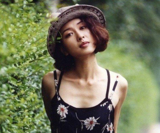 Ngỡ ngàng với visual hồi trẻ của mẹ quốc dân Reply 1988: Thần thái đỉnh cao, thời trang như đi trước thời đại - Ảnh 5.
