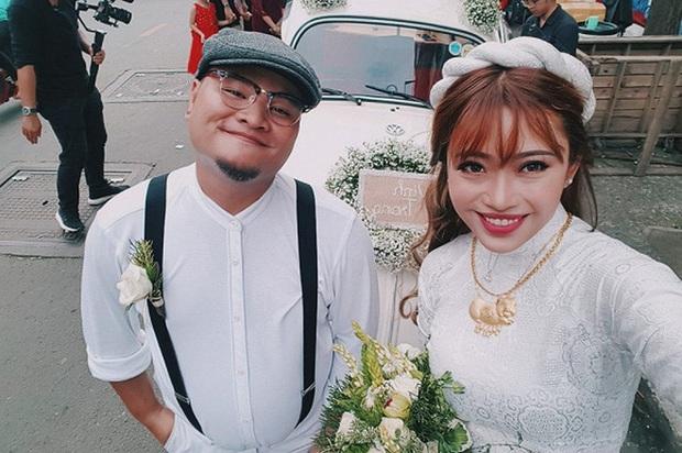 Chuyện đêm tân hôn của Vinh Râu - Lương Minh Trang hot trở lại: Bị FAP TV chơi khăm mừng toàn tiền lẻ, đếm tới 4 giờ sáng - Ảnh 4.