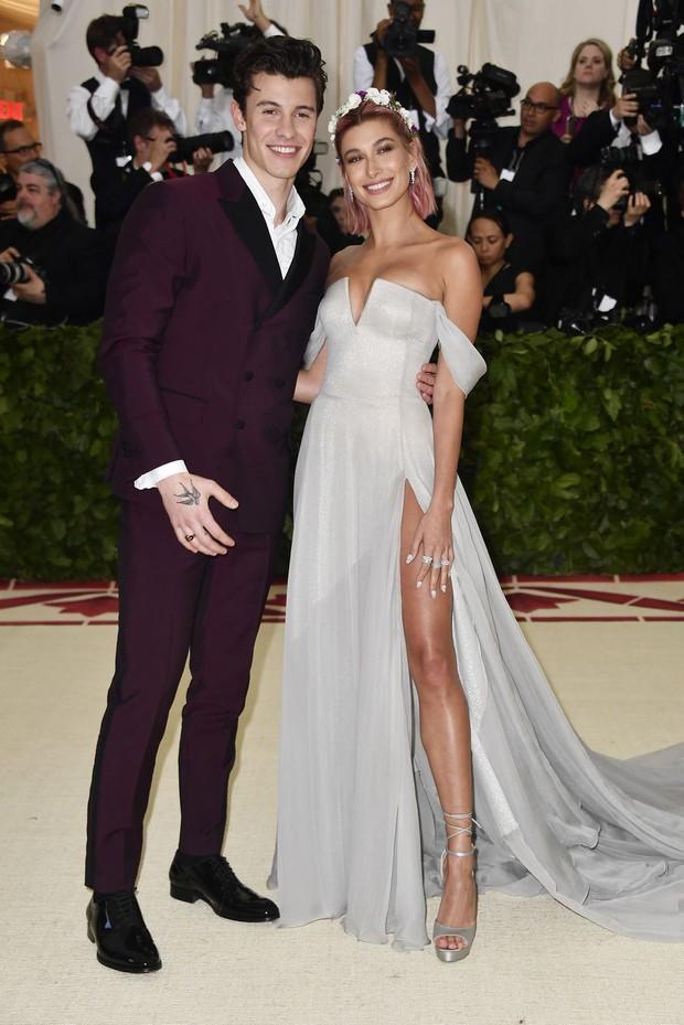 Bồ cũ nhà người ta: Shawn Mendes chia tay Hailey nhưng vẫn khen hết lời, còn đòi hát trong đám cưới của nàng và Justin Bieber - Ảnh 2.