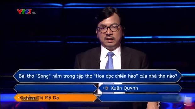 Ai Là Triệu Phú hỏi bài thơ Sóng của ai, đáp án dễ như cho nhưng thí sinh vẫn trả lời sai - Ảnh 1.