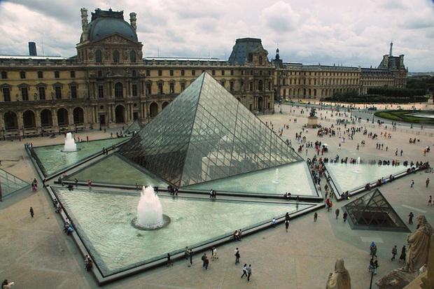 Cha đẻ của kim tự tháp kính Louvre khiến người Pháp vừa chê bai đã phải ngả mũ thán phục: Hậu duệ của gia tộc giàu có suốt 15 đời, dạy con thành tài nhờ bí quyết tổ truyền - Ảnh 6.