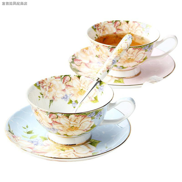 Jennie khoe ảnh uống trà chiều: Đến bộ tách đĩa cũng phải là hàng hiệu mới chịu, bóc giá mà... nấc nhẹ - Ảnh 7.