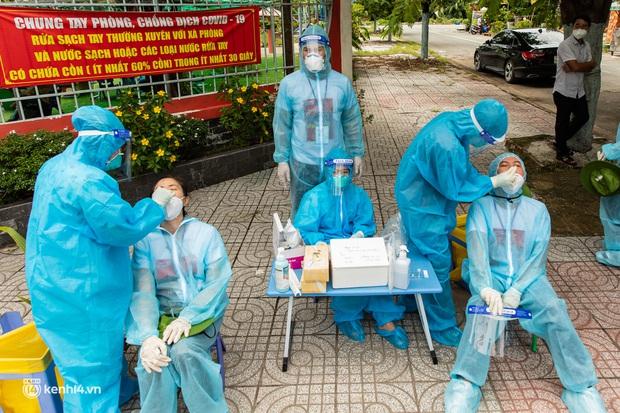 Sân khấu đặc biệt: Nơi ca sĩ Phương Thanh và các nghệ sĩ biểu diễn cho 4.000 F0 tại bệnh viện dã chiến - Ảnh 5.