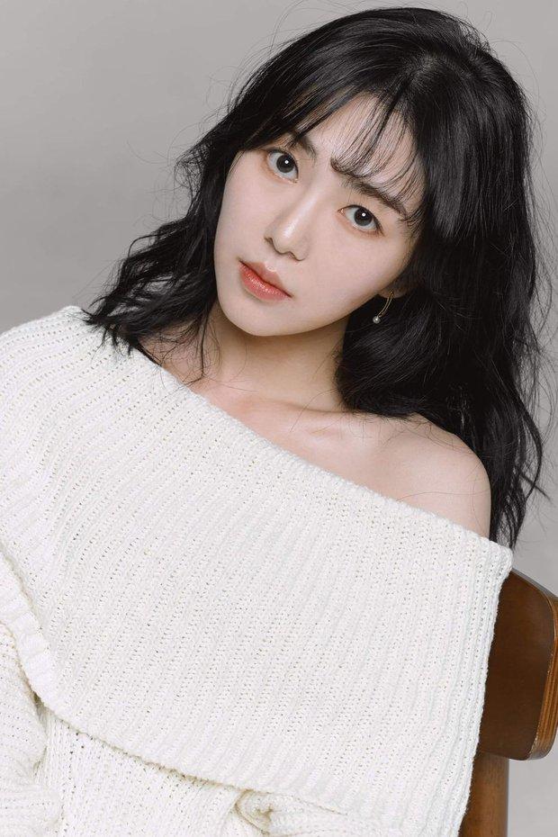 SỐC: Nữ idol Mina (AOA) tự tử lần thứ 4, đang được phẫu thuật khẩn cấp - Ảnh 2.