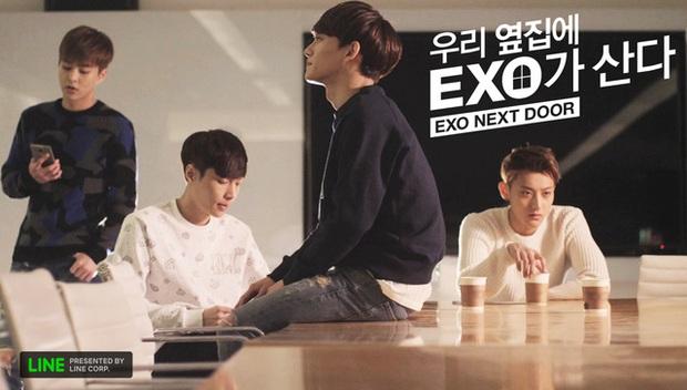 EXO bị netizen đào lại pha Facetime giả trân cực hề hước, fan được dịp cười rụng rốn - Ảnh 1.