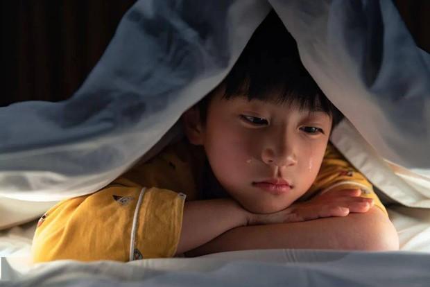 Mẹ dạy ai đánh con thì phải cho chúng bài học nặng hơn, không ngờ đứa trẻ gây ra một bi kịch động trời, người mẹ hối hận không kịp - Ảnh 3.