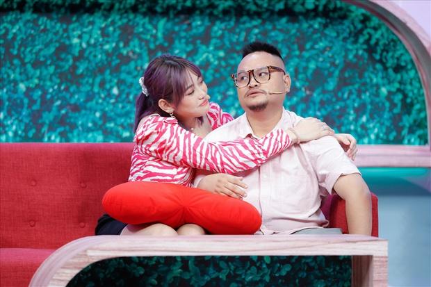 """Biến mới: Lương Minh Trang khẳng định bị Vinh Râu chặn Facebook, """"bóng gió"""" chồng cũ nói 1 đằng làm 1 nẻo? - Ảnh 7."""
