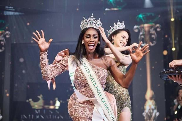 Sốc: Hoa hậu Chuyển giới Quốc tế kế nhiệm Hương Giang công khai đập mặt xây lại, nhan sắc biến dạng không nhận ra - Ảnh 7.