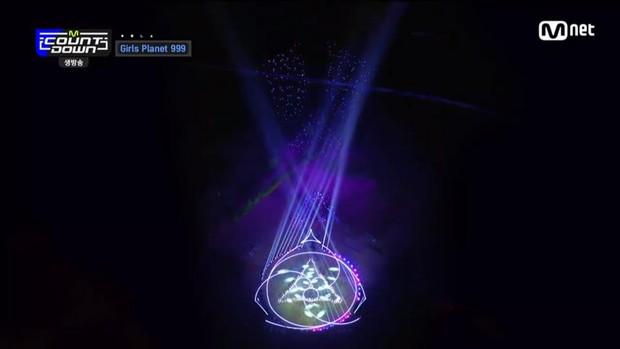 Mnet tung sân khấu chính thức của show sống còn mới: Nguyên dàn visual xinh như mộng, nhưng đến bộ ba center thì tụt mood - Ảnh 6.
