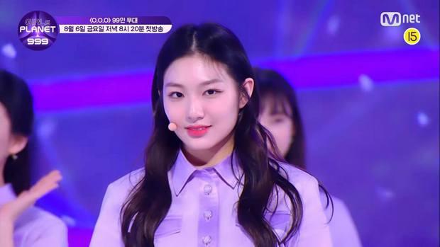 Mnet tung sân khấu chính thức của show sống còn mới: Nguyên dàn visual xinh như mộng, nhưng đến bộ ba center thì tụt mood - Ảnh 14.