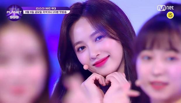 Mnet tung sân khấu chính thức của show sống còn mới: Nguyên dàn visual xinh như mộng, nhưng đến bộ ba center thì tụt mood - Ảnh 15.
