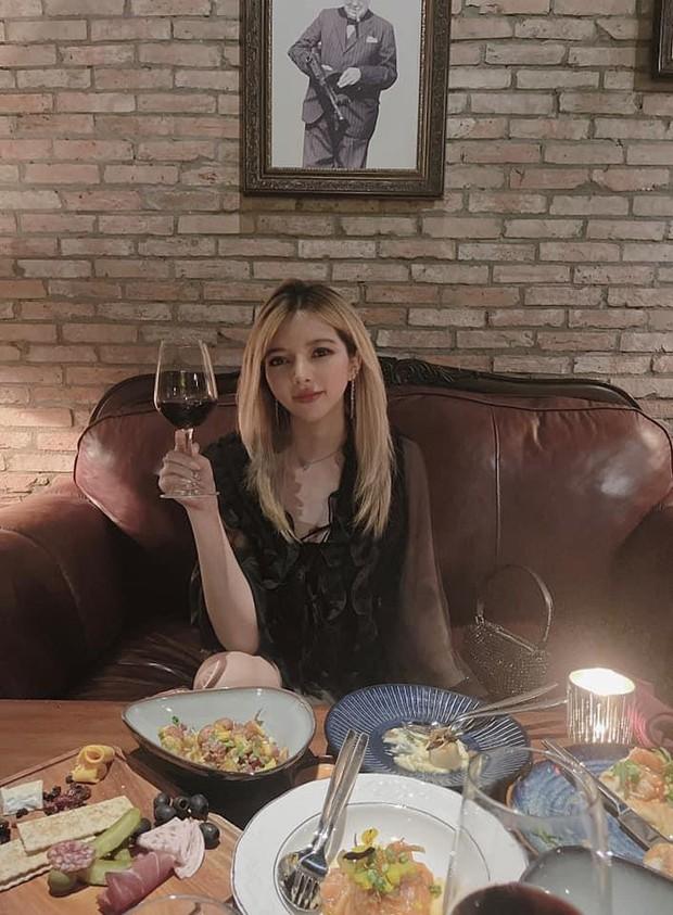 Có thu nhập khủng, bạn trai đại gia, nữ streamer sexy Ohsusu khiến fan bất ngờ khi gọi món ăn này là chân ái - Ảnh 1.