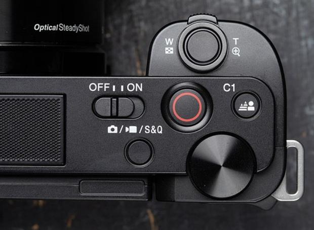 Sony chính thức trình làng ZV-E10: Thiết kế gọn gàng, phục vụ đối tượng vlogger, giá 18,9 triệu đồng - Ảnh 4.