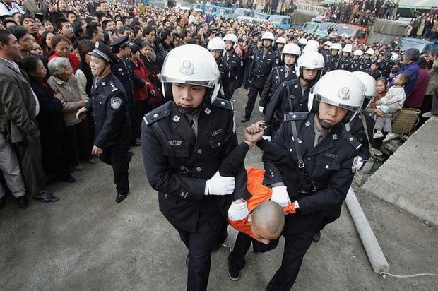 """""""Con quỷ điên loạn"""" - sát nhân bệnh hoạn nhất Trung Quốc: Bị cái nghèo vùi dập tài năng, nhân cách biến dạng từ sự căm phẫn đối với xã hội - Ảnh 7."""