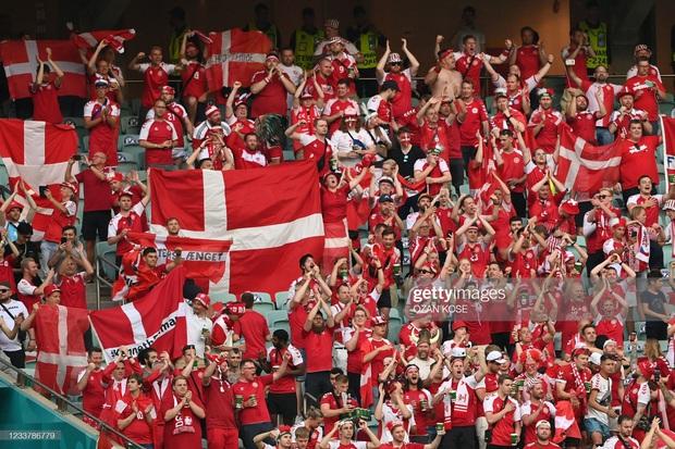 Đánh bại CH Séc, các đồng đội của Eriksen vào bán kết Euro 2020 - Ảnh 16.